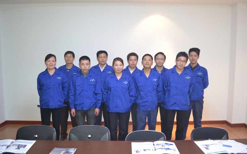 الصين NINGBO LVHUA PLASTIC & RUBBER MACHINERY INDUSTRIAL TRADE CO.,LTD.